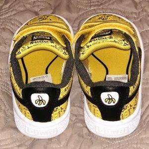 Puma Shoes - Puma Minions Basket V Kids Sneakers b1bef4076